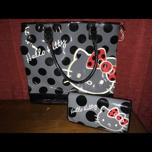 Hello Kitty Handbag with wallet